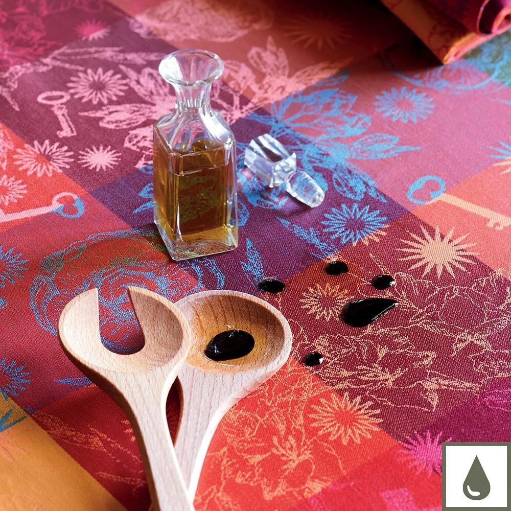 garnier thiebaut tischdecke mille alcees for lifestyle shop. Black Bedroom Furniture Sets. Home Design Ideas